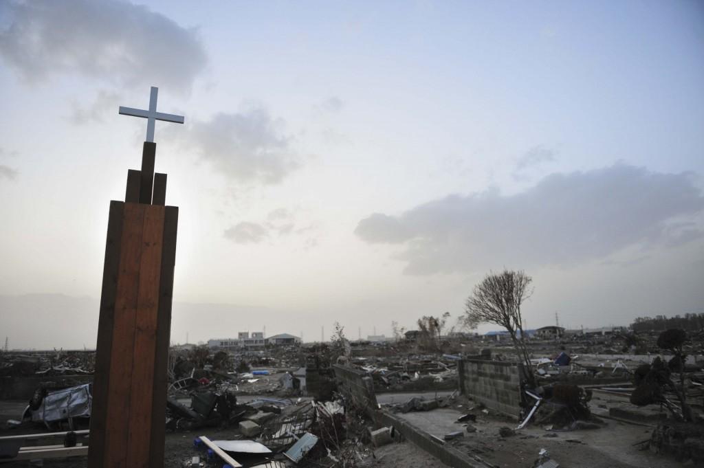 cross-japan-tsunami
